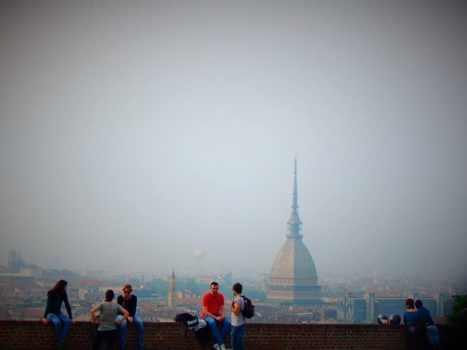 Pogled na grad i Mole Antonelliana sa Monte dei Cappuccini_Konzumiraj život