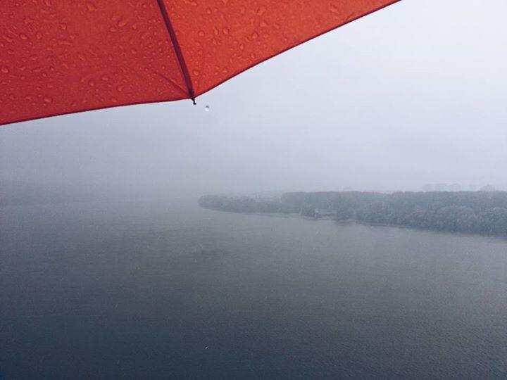 Razbij sivilo. Lepota kiše. Photo by Nemanja Stojiljković